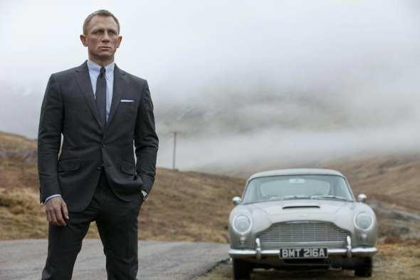 "Nowe przygody Jamesa Bonda – ""Skyfall"""