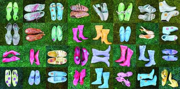 Projekt szpilki: buty – kwiaty, buty – obrazy.