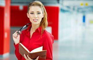 Profesjonalny wizerunek kobiety w biznesie – zasady biznesowego dress codu
