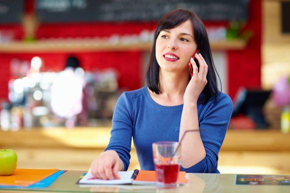 Smartfon dla nowoczesnej kobiety