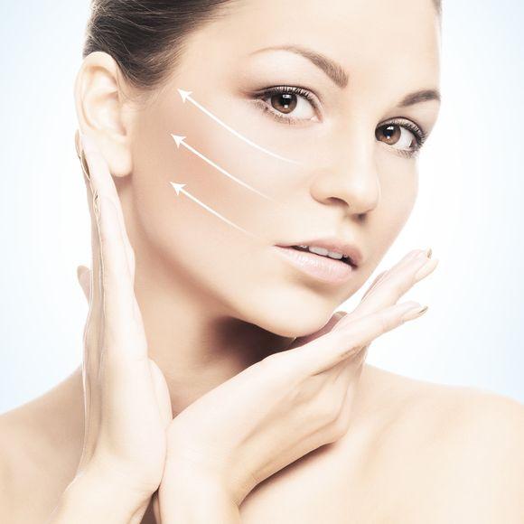 Kondycja skóry szyi w 90 procentach zależy od nas samych / fot. fotolia