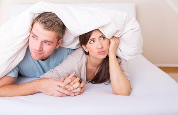 Powodem problemów intymnych może być też zmiana partnera seksualnego, źle dobrana antykoncepcja lub przekwitanie. / fot. fotolia