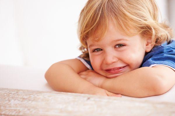 Za najlepszy czas na operację odstających uszu uznaje się okres po szóstym roku życia. /fot. Fotolia