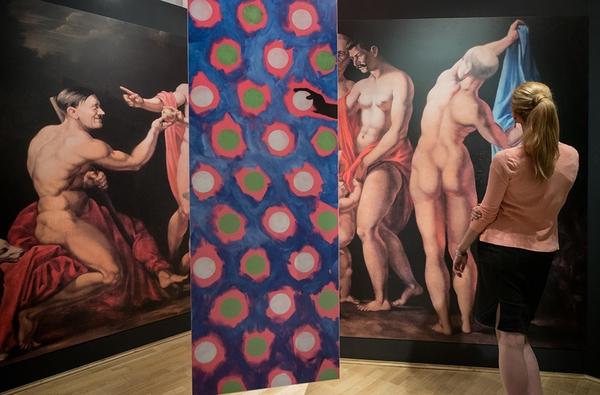 Już sam dobór eksponatów świadczy o nowym obliczu wystawy, a także o zupełnie innym niż polskie, podejściu Austriaków do mitu Galicji / fot. Paweł Mazur