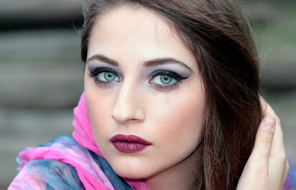 oczy brwi henna makijaż revitalash ezebra uroda