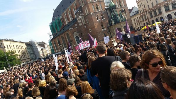 Czarny protest w Krakowie, 25 września 2016 / fot. Agna Karasińska