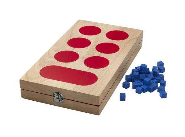 Drewniana gra kalaha / fot. materiały prasowe