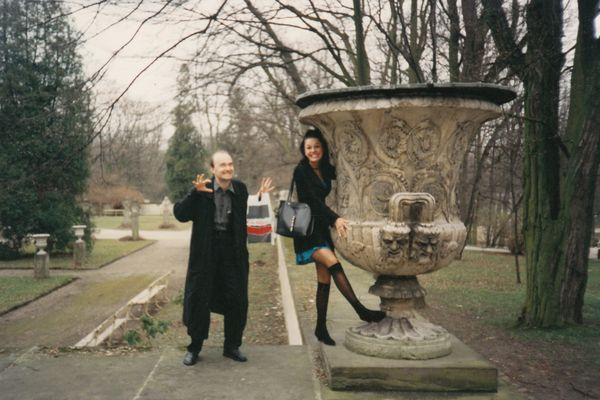 Tomasz Beksiński z autorką w parku łazienkowskim, 1994 / fot. archiwum prywatne K. Konopy
