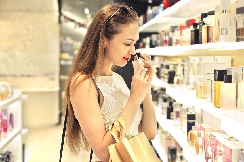 Kosmetykiem, który przyniósł sławę Estée Lauder był olejek do kąpieli Youth Dew / fot. materiały prasowe