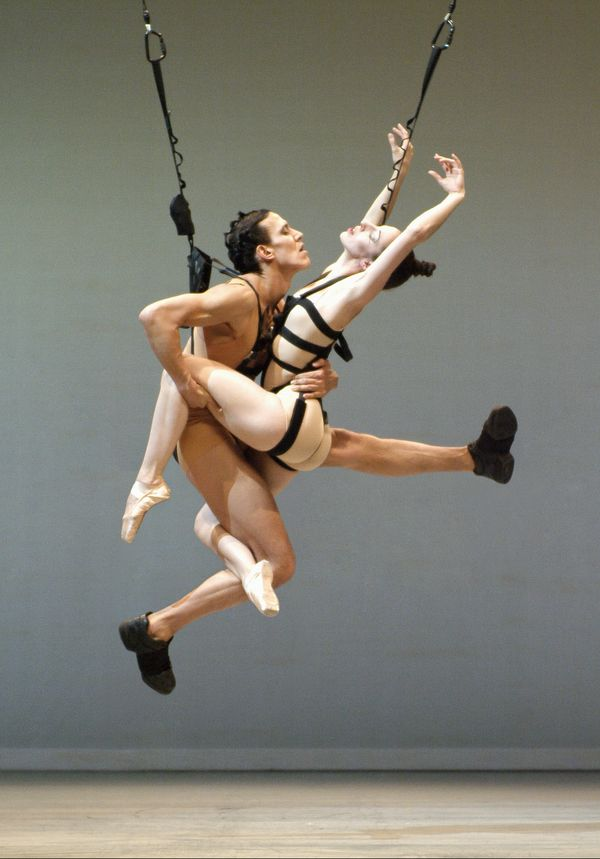4. COMPAGNIE MARIE CHOUINARD «bODY_rEMIX/gOLDBERG_vARIATIONS ©Marie Chouinard/Dancers : Kirsten Andersen, James Viveiros