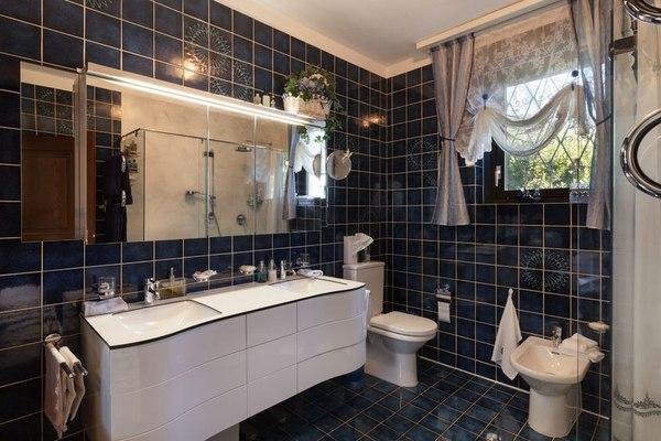 Szafka łazienkowa może dodać uroku twojemu wnętrzu / fot. materiały prasowe
