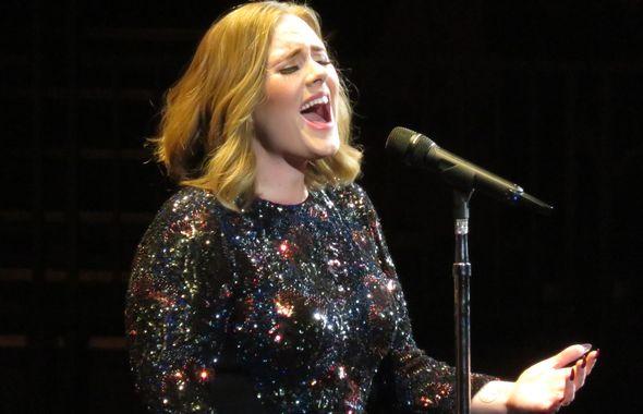 Adele_Liver