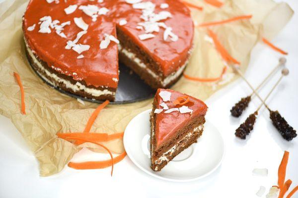 Ciasto marchewkowe z kremem i polewą marchewkową / fot. Ewa Mazurkiewicz