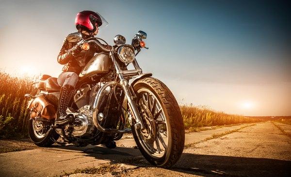 Prezent na 40 urodziny - jazda Harleyem / fot. materiały prasowe