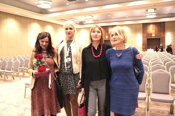 od lewej: Barbara Fijał., Patrycja Puszczewicz, Aneta Pondo (Małopolanka Roku 2016) i organizatorka MKK / fot. Renata Stós-Pacut