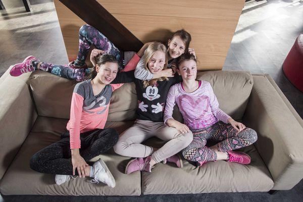 Sofy od IKEA Kraków od razu przypadły do gustu! / fot. materiały prasowe