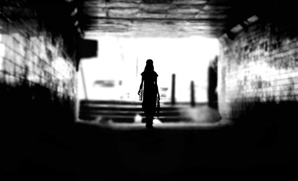 Wielu z nas zapewne przekonanych jest o tym, że przemoc w rodzinie wydarza się wyłącznie tam, gdzie jest bieda / fot. Unsplash/User avatar Himanshu Singh Gurjar @himanshu723 Himanshu Singh Gurjar