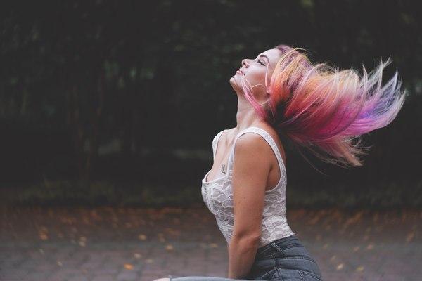 Olśnij latem pięknymi włosami / fot. Pixabay