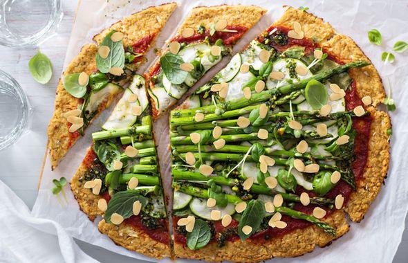pizza ze szparagami_r