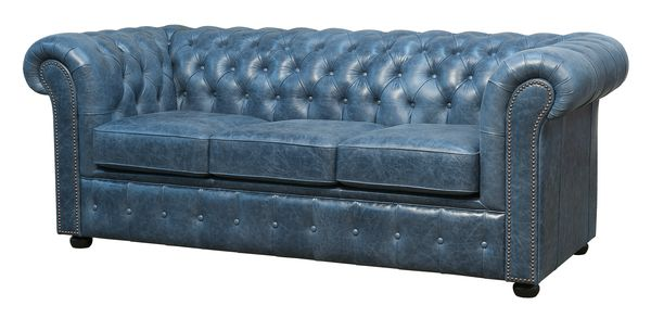 Sofa Chesterfield lux, wykonana z najwyższej jakości ręcznie wyprawianej skóry, to gwiazda każdego wnętrza / fot. materiały prasowe