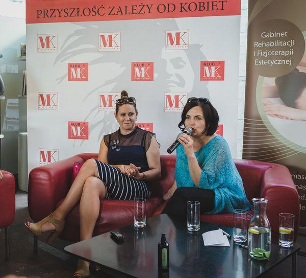 Krystyna Rek i Katarzyna Bigosińska podczas 16. spotkania Klubu Miasta Kobiet / fot. Barbara Bogacka