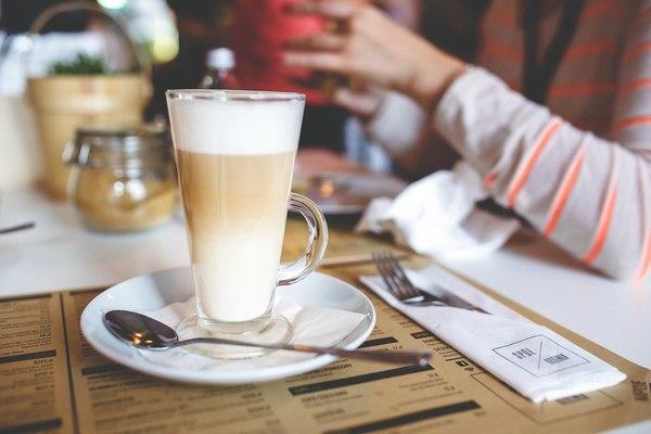 Poznaj porady baristy jak przygotować pyszne latte / fot. materiały prasowe
