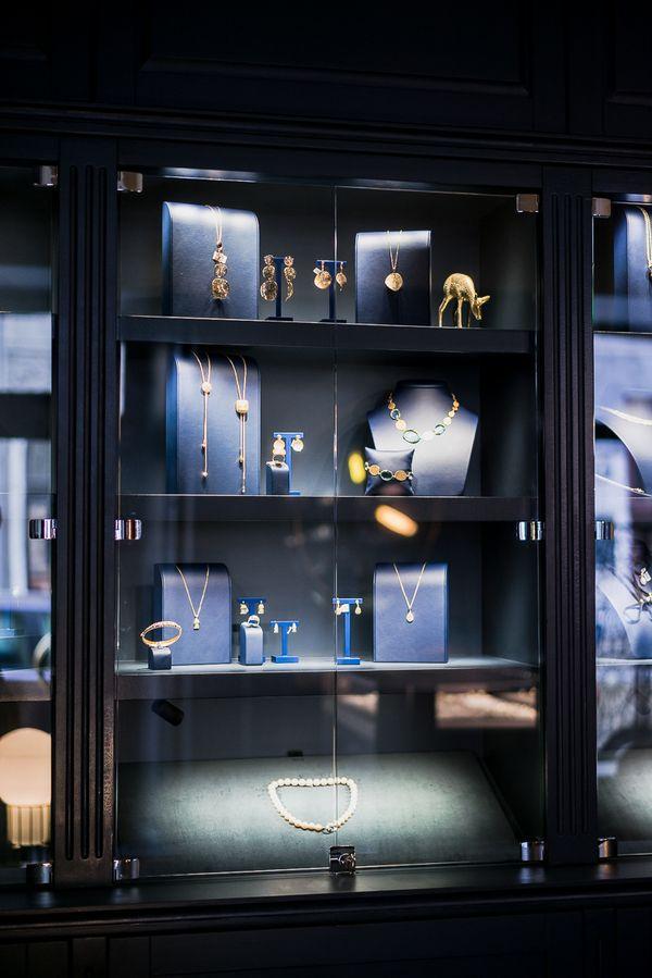 Nowoczesna biżuteria/ fot. PION Studio