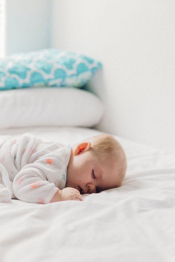 Zadbaj o zdrowy sen! / fot. Dakota Corbin / Unsplash
