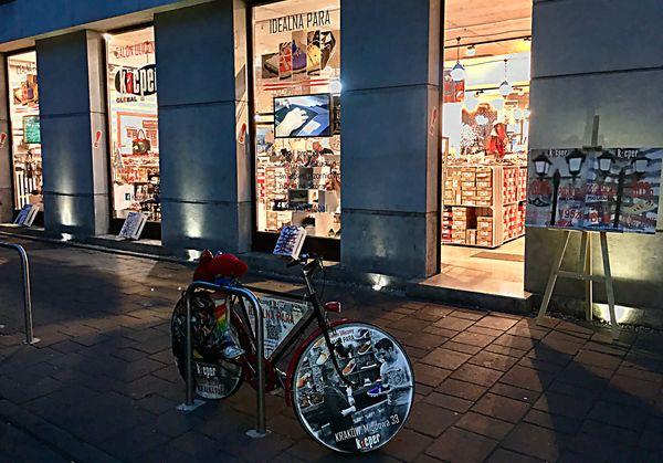 Salon Uliczny Idealna Para znajdziesz w Krakowie przy ul. Miodowej 33 / fot. materiały prasowe
