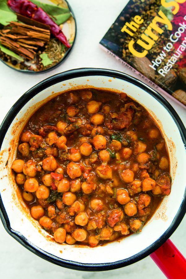 Curry dla wiecznie głodnych chłopaków by Marta Dymek / fot. wyd. Marginesy