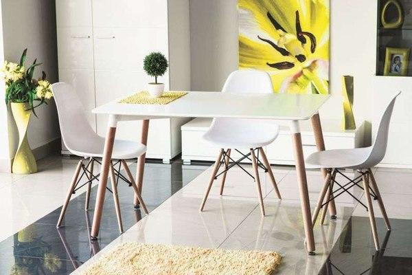 Stół Nolan / fot. materiały prasowe