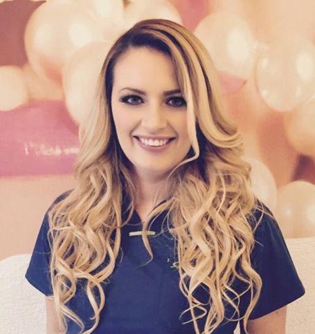 karolina kuśnierz stomatolog