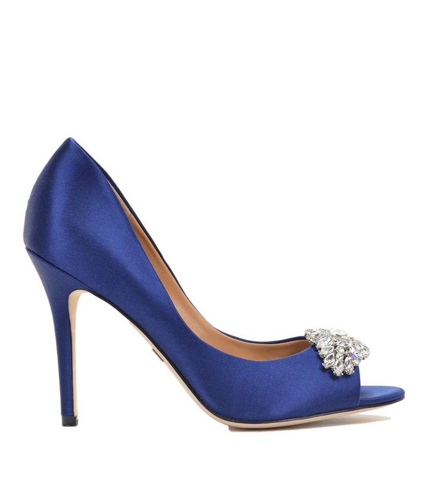 panna młoda, wesele, ślub, buty, szpilki, stylizacja ślubna