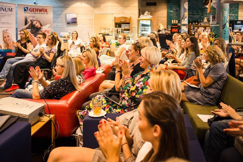 uczestnicy klubu miasta kobiet