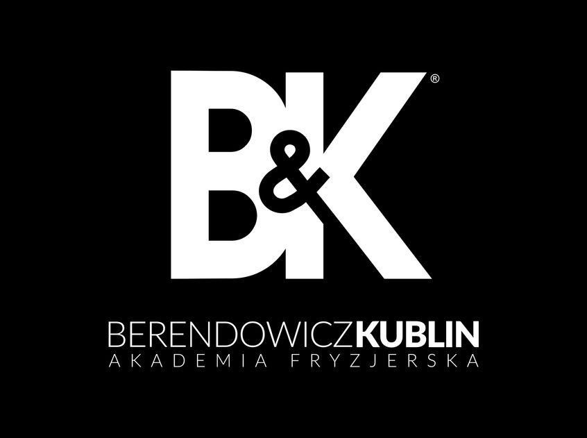 Logo akademii fryzjerskiej Berendowicz&Kublin, białe napisy na czarnym tle