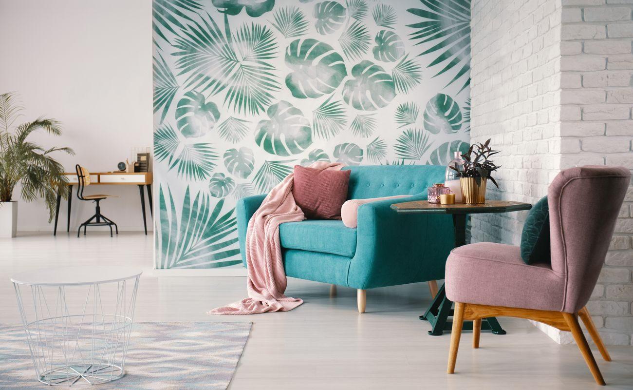 Modne ściany - fototapeta z liśćmi palmy na białym tle
