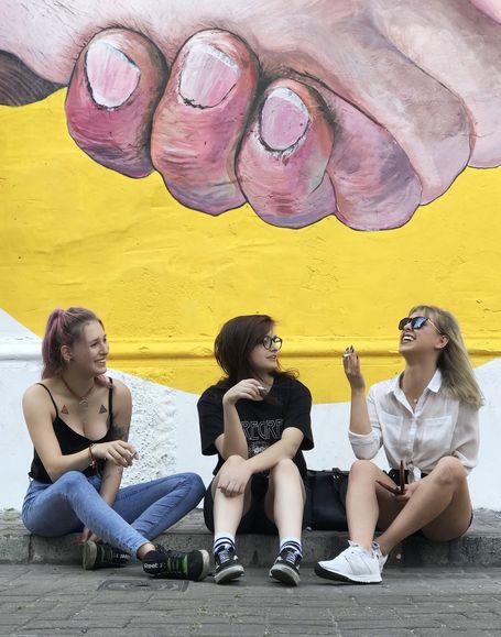 Piss&Love to alternatywno-rockowy girlsband z Krakowa