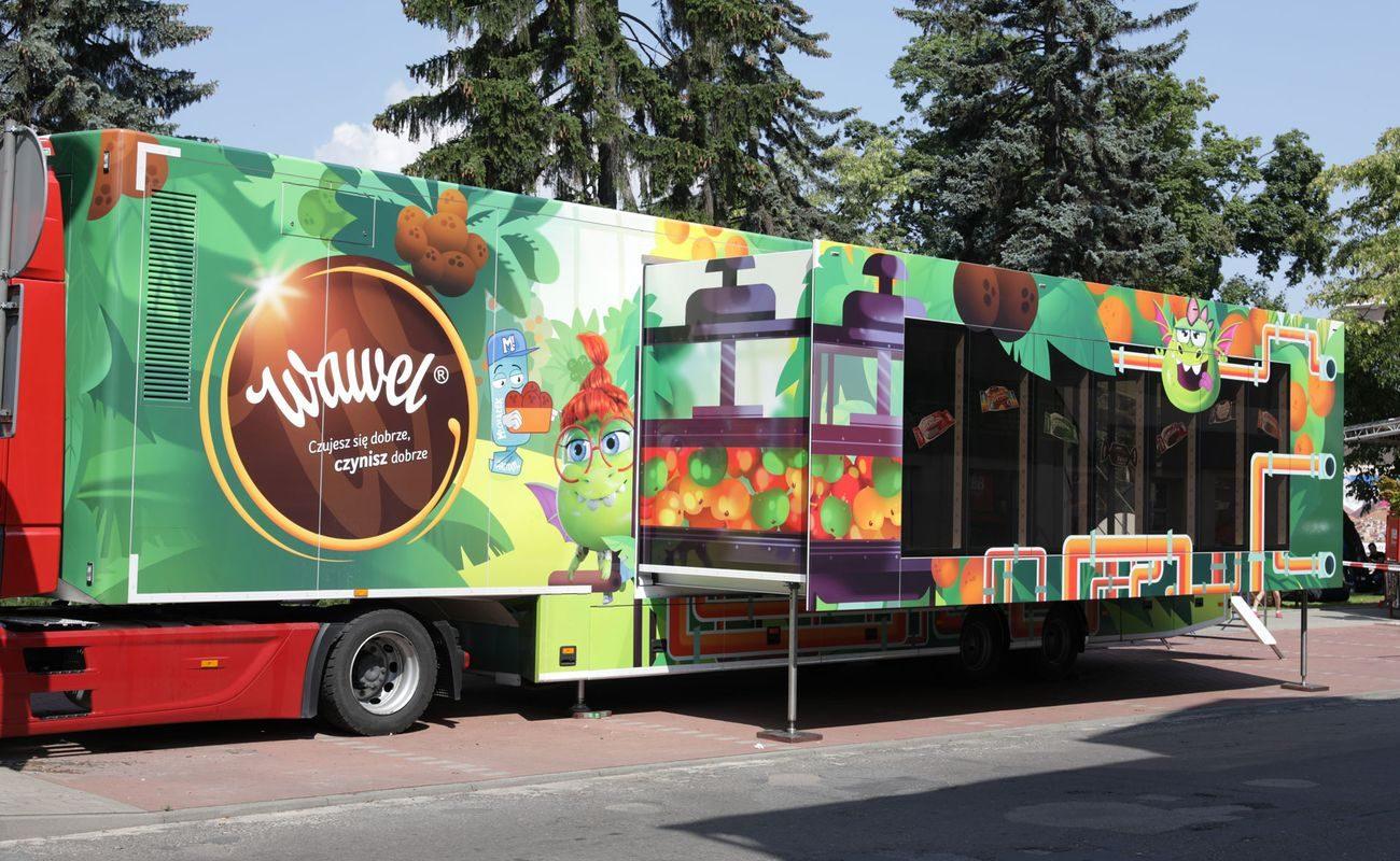 Słodka, interaktywna, kolorowa ciężarówka marki Wawel, która 14 października odwiedzi Kraków