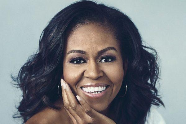 Okładka książki Michelle Obamy pt Becoming wyd. Agora