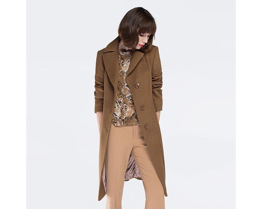 Camelowy płaszcz od Wittchen