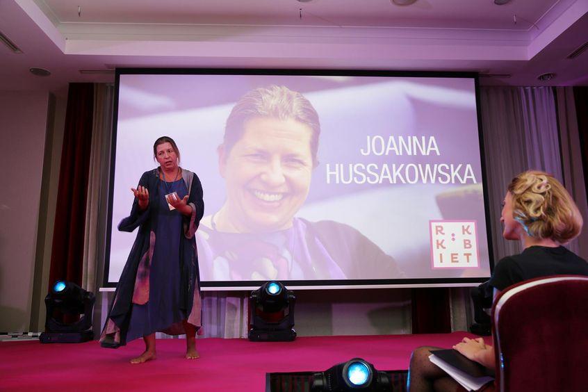 """Joanna Hussakowska w Mowie Mocy """"Rusz ciało, uspokój umysł"""" podczas Festiwalu Rok Kobiet 2018"""