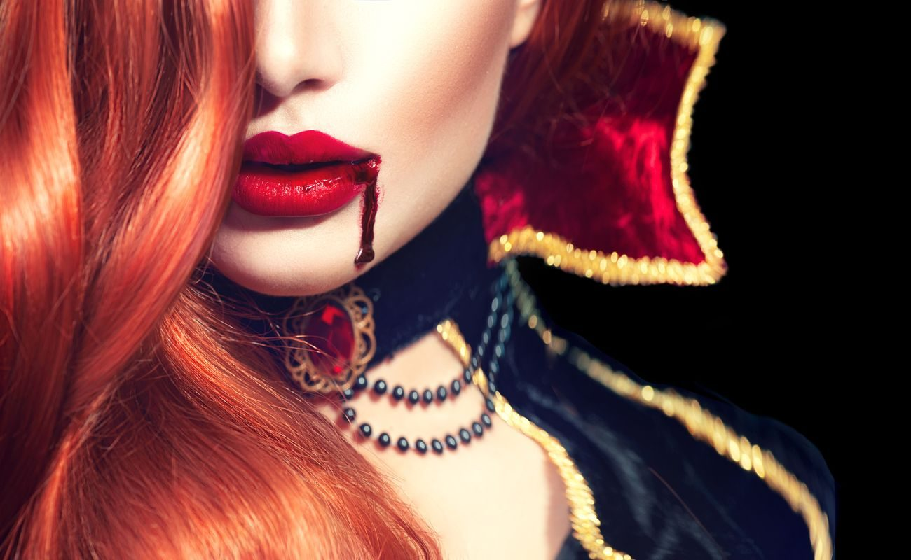 Wampirzy liftting czyli terapia osoczem – bądź strasznie piękna!