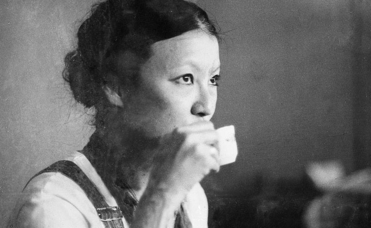 """Sanmao, autorka autobiograficznej książki """"Saharyjskie dni"""""""