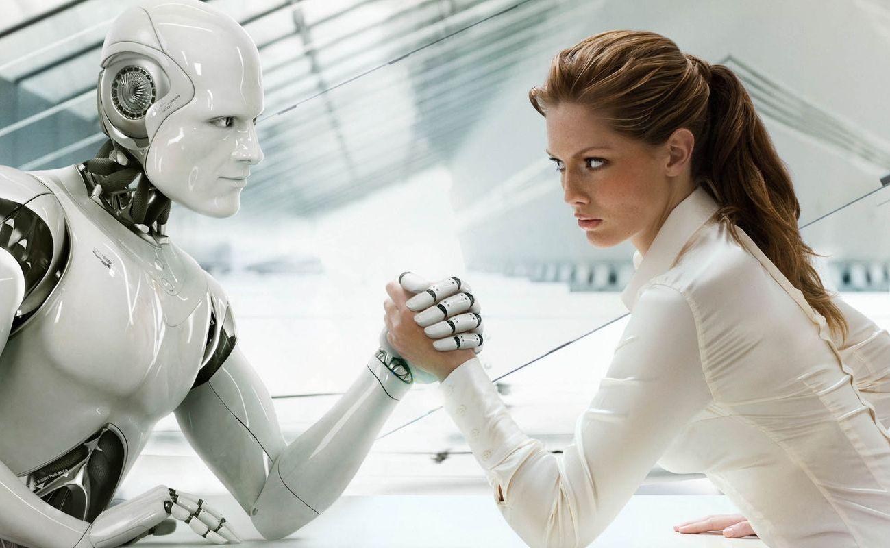 Kobieta siłuje się z robotem