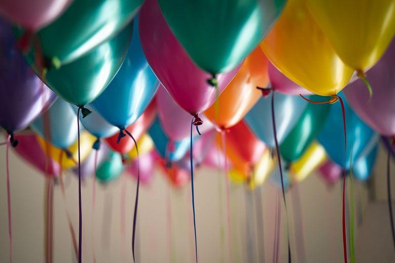 Balony ozdabiające mieszkanie