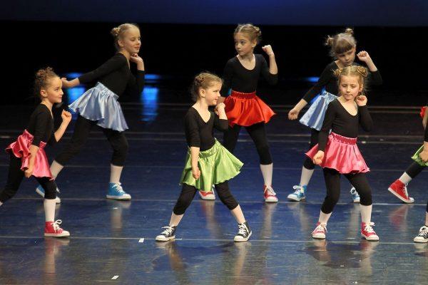 Uśmiech, czar i zapał do pracy twórczej młodych tancerzy – tak zapowiada się pokaz Studia Baletowego Opery Krakowskiej / fot.
