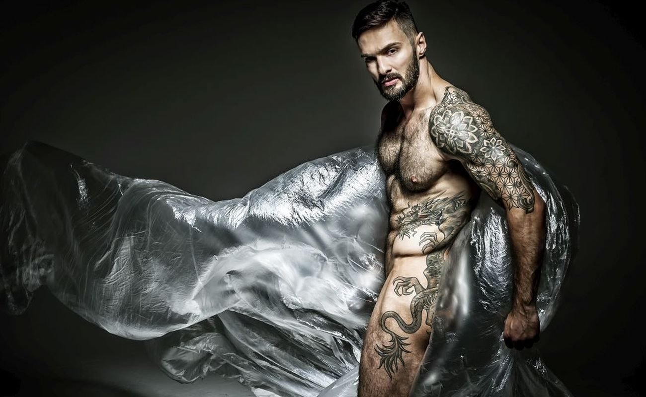 Poznajcie Pawła Spychalskiego, fotografa, którego specjalnością są męskie akty