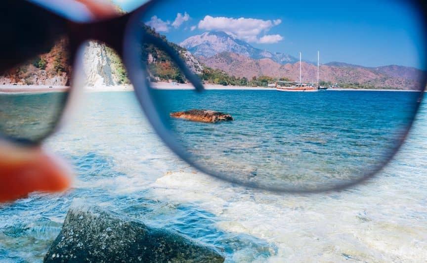 okulary-polaryzacyjne-miasto-kobiet
