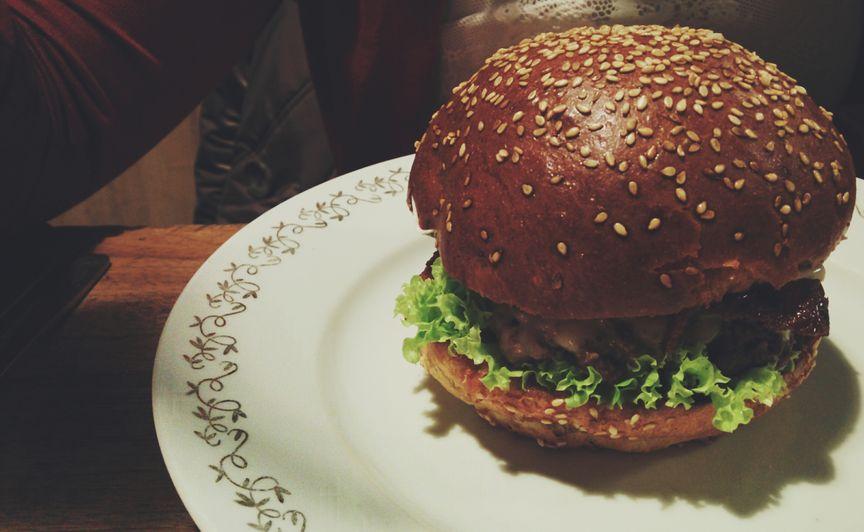 drobiowy burger z diety low fodmap