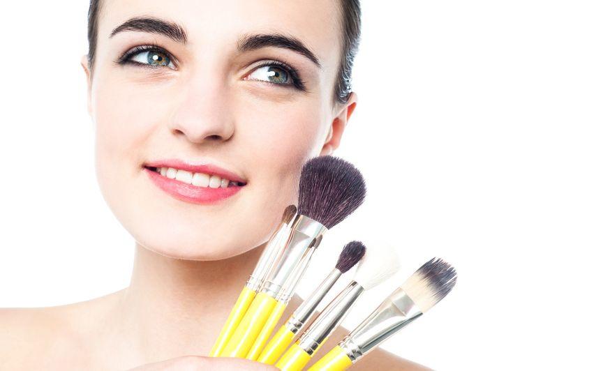 pedzle do makijażu miasto kobiet portal dla kobiet